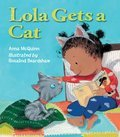 Cover image for Lola Gets a Cat